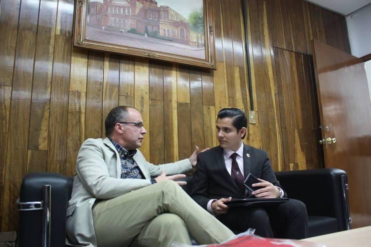 Dr. Elviro Aranda